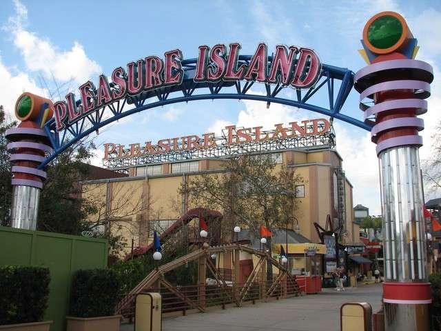 Pleasure island movies orlando